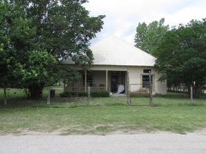 Texas Real estate - Property in UTOPIA,TX